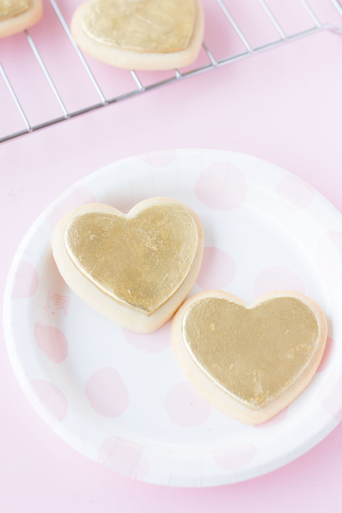 heart-shaped-valentines-day-cookies-9