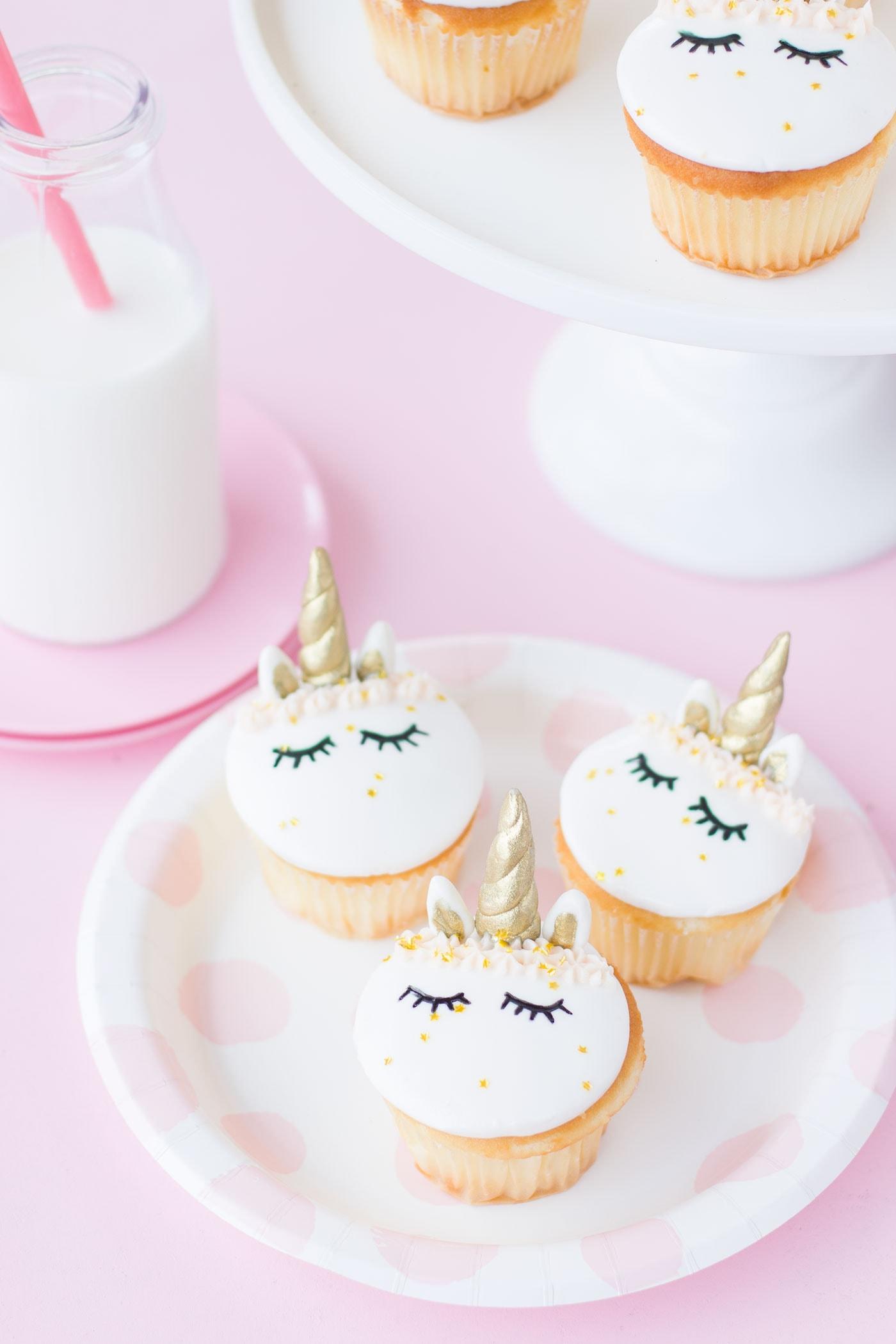 unicorn-cupcakes-1