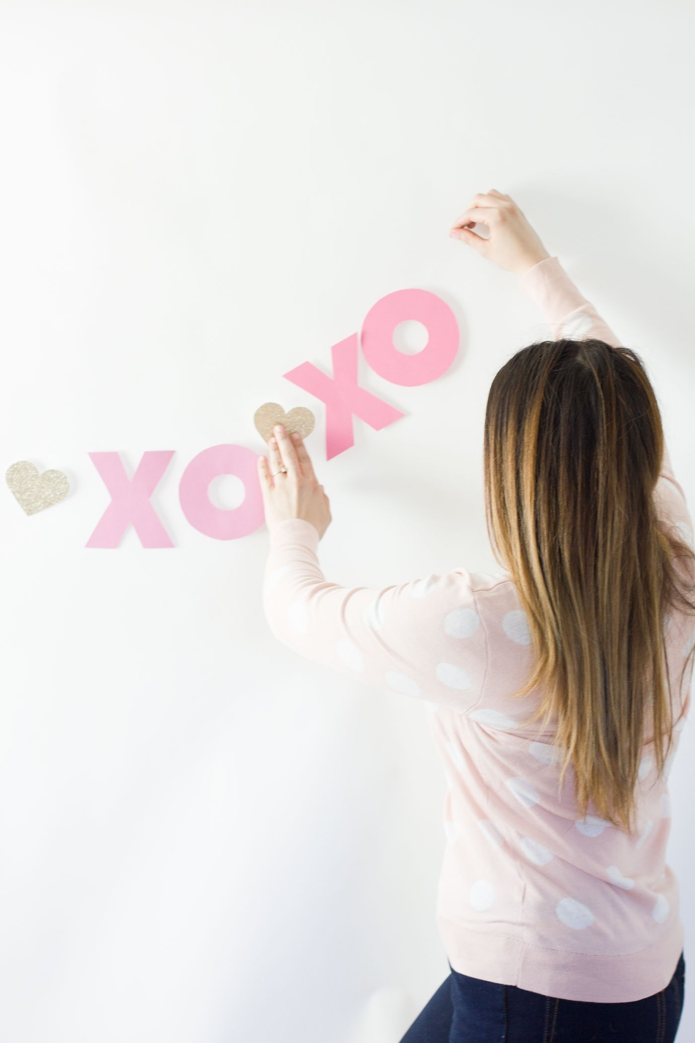 valentines-day-cute-pink-diy-banner-2