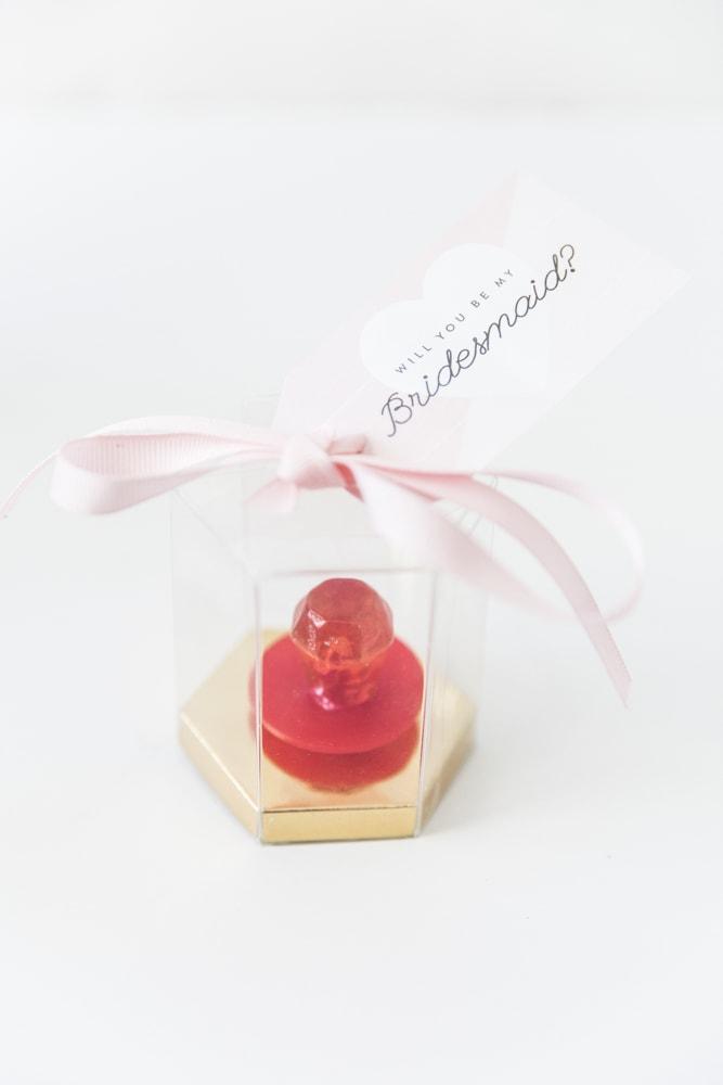 diy ring pop favor be my bridesmaid free printable
