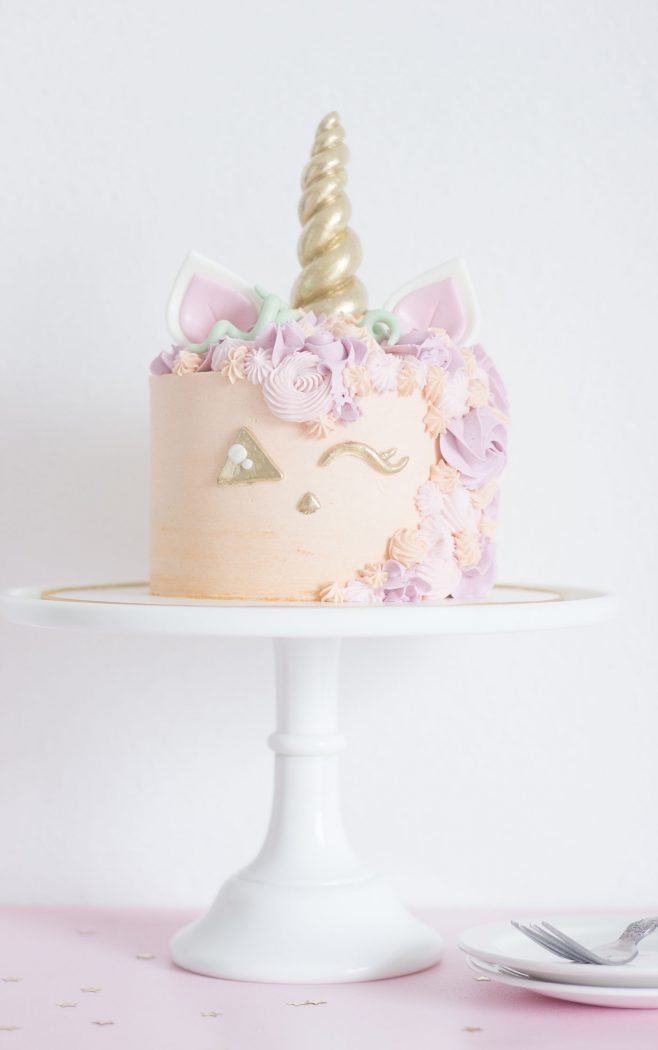 If Youre Planning A Unicorn Party This Fall You Cannot Miss Jack O Lantern Cake Probably Thinking Thats Actually Thing