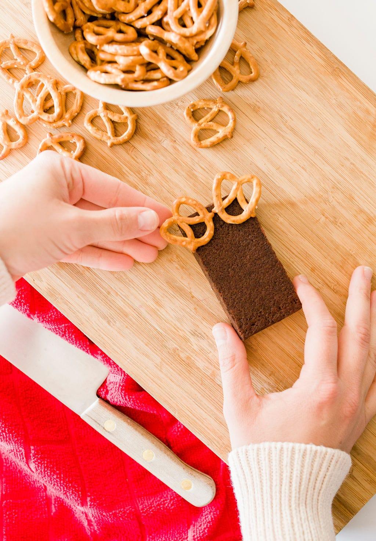 pretzels on brownies