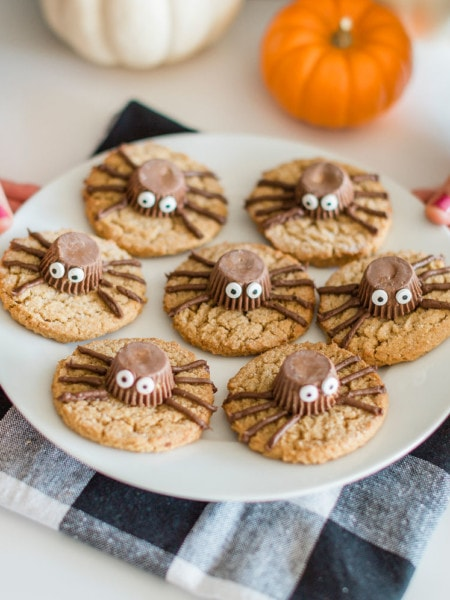 cookies with spiders