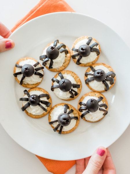 crackers with olive spiders